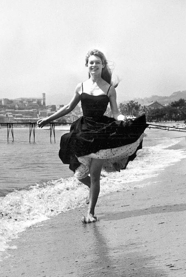 2-Brigitte Bardot /1956