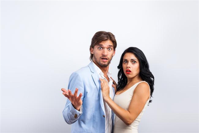 8. Kişisel konulara girip, aptalca sorularla insanı dumura uğratmayın.  Sonuçta bu tek gecelik bir ilişki, kırk yıllık sevgilinizle değilsiniz...