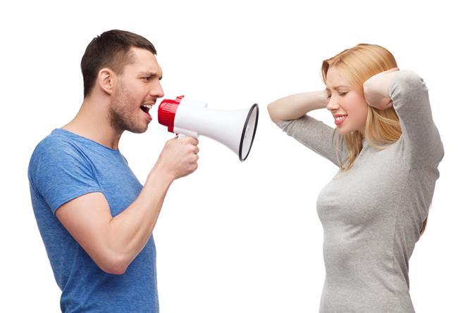 Terazi  Modern, popüler, bakımlı ve saygın olmamanız yeterlidir. Nezaketini bozmamak için konuşmadan terk edecektir.