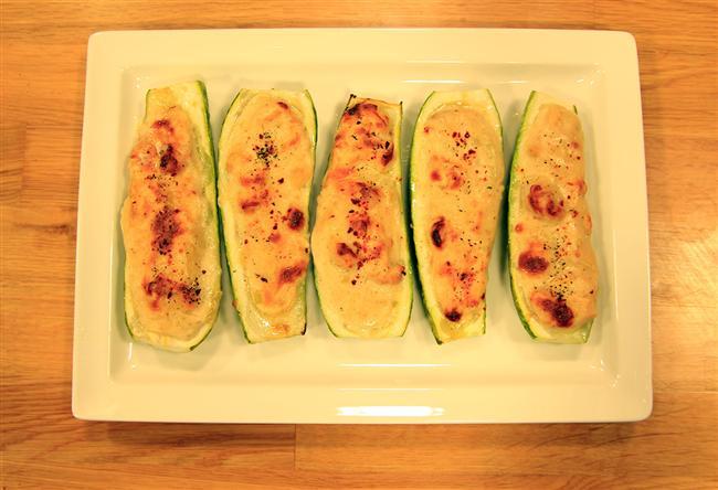 5. Fırında Tavuklu Kabak  Kabak ve tavuğun en hafif ve en lezzetli hali sadece 464 kalori.  48gr protein  14gr yağ  44gr karbonhidrat