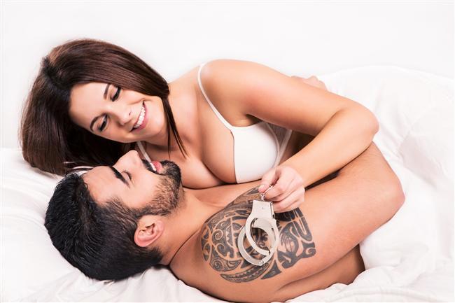 37- 18. yüzyıl İtalya'sında çoğu evli kadının, bir aşığı vardı. Bu durum hiç de garip karşılanmazdı.  38- Anket sonuçları, insanların yatak odaları dışında en çok otomobillerinde seks yapmayı tercih ettiğini gösteriyor.  39- Spermin saatteki hızı 56 km'dir.