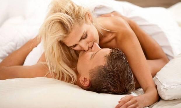 71- Wilkes Üniversitesi'nde yapılan bir araştırmanın sonucuna göre, haftada bir ya da iki kez seks yapan kolej öğrencilerinin bağışıklık sistemini güçlendiren hemoglobin A salgıladıkları ortaya çıktı.   72- Sayıları az da olsa, bazı kadınların meniye alerjisi vardır. Meninin içerdiği protein, vajinada ve vücutta yanma, kaşıntı vb. semptomlara sebebiyet verir.  73- Yapılan araştırmalara göre, çiftlerin ön sevişmeleri aşağı yukarı 11–13 dakika sürüyor.