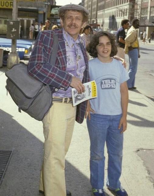 19.  13 yaşındaki Ben Stiller babası ile New York'u gezerken. (1978