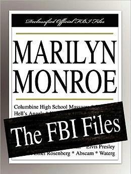 14. FBI Tarafından Oldukça Yakın Takip Ediliyordu.  Nedeni Kennedy'lerle yakınlığına bağlansa da Marilyn Monroe, aile ile yakınlaşmasından uzun zaman önce FBI tarafından yakın takibe alınmıştı. Güçlü paranoyak hisleri sayesinde takip edildiğini erken fark eden Monroe, FBI ajanlarını atlatabilmesi ile övünürdü. Elbette, o zamanlar zaten hasta olan aktrise kimse inanmıyordu.