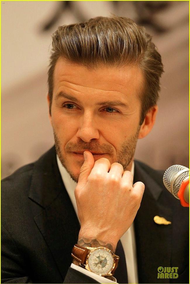 6. David Beckham  Ve işte yine bir İngiliz. Her halini severiz her bakışını. Victoria Beckham çok şanslı değil mi?