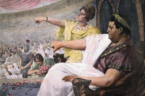 """Roma'da bir çok din takibata uğradı  Zannediliyor ki Roma İmparatorluğu döneminde müritleri takibata uğrayan tek din Hristiyanlıktı. Gerçek böyle değil. Her ne kadar Neron Hristiyanlara karşı aşırıya kaçan bir nefret duysa da bu uygulama ilk kez olmuş değildi.   Örneğin İsa'nın doğumundan 186 yıl önce Senato Bacchus dinine karşı çok ağır yaptırımlar öngören bir yasayı kabul etti. Bacchus dinine inananlar """"kafir"""" ve """"halk düşmanı"""" ilan edildiler. Görüldükleri yerde öldürülüyorlardı. Bu olay da ilk olay değildi. Druidler ve Yahudiler de dini inanışları nedeniyle ağır baskı gördüler.  Yani Hristiyanlık Roma'nın mezalimine uğrayan ilk dini inanış olmamıştı, ancak bu zulme karşı en başarılı direnç gösteren din Hristiyanlık oldu."""