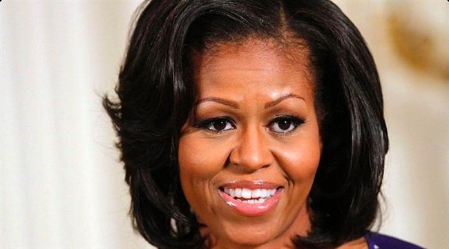 Michelle Obama  Her şey komedyen Joan Rivers'ın ekranda, Michelle Obama ile ilgili cinsiyet değiştirme imasında bulunmasıyla başlar. Sevimsiz bir şakadır ama bazıları bunu ciddiye alır. Sonunda iddialar birçok internet sitesi ve çeşitli forumlarda tartışılır hale gelir.