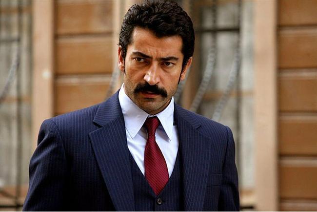 Giyim Tarzıyla Hayran Bırakan 16 Ünlü Türk Erkek - 2