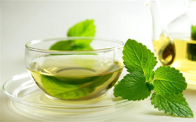 Nane  Folik asitten zengin koyu yeşiller grubunda yer alır.  Özellikle tazeyken su ihtiyacınızı karşılar, hazımsızlığın, mide bulantısının ve midedeki gazın azalmasına yardımcı olur.