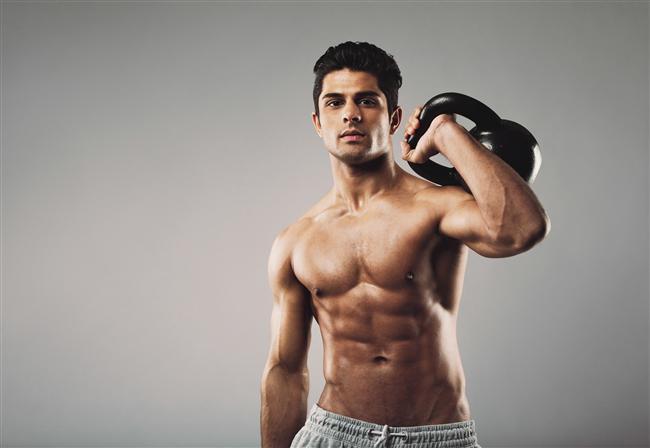 Kaslar  Erkekler kadınlardan yüzde 50 oranında fazla kas gücüne sahiptir. Buluğ çağında erkeklerde kas hücrelerinin sayısı 20 misli, kadınlarda 10 misli artar. Erkekler kadınlardan üçte bir oranında daha güçlüdürler.