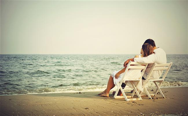 Birbirinize yakınlaşmak için uzun ilişki konuşmaları yapmak yerine birlikte daha çok vakit geçirmelisiniz. Çok işi olan bir kadınsınız, bunu anlayabiliyoruz. Her ne kadar erkek arkadaşınızla yakınlaşma fikri teoride cazip gözükse de yoğun bir günün ardından her ikinizin de en son istediği şey ilişkiniz üzerinde kafa patlatmak.