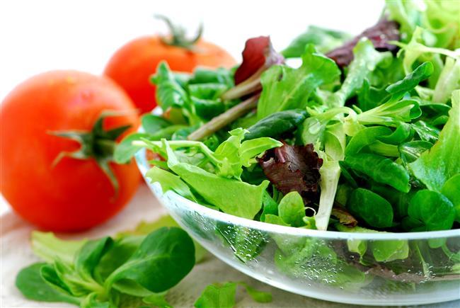 Başak Burcu için 2. gün  Kahvaltı:  1 porsiyon meyve salatası, arada 4 diyet bisküvi.   Öğle Yemeği:  1 Tabak yağsız makarna, 1 tabak zeytinyağlı sebze, diyet meyveli yoğurt.   Akşam Yemeği:  1 Tabak sıcak sebze yemeği, bol salata, 1 elma.   Başak Burcu için 3.gün  Kahvaltı:  5 tane zeytin, 1 domates, 1 salatalık, arada 2 kayısı.   Öğle Yemeği:  3 - 4 Kaşık yeşil mercimek yemeği, bol salata, arada 1 porsiyon meyve.