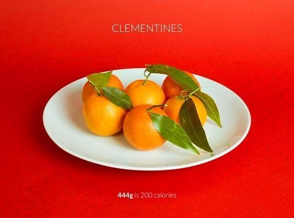 444 gr mandalina = 200 kalori  Kış mevsiminin en sevileni mandalinayı tek başına tüketebilir sağlıklı bir ara öğün yapabilirsiniz.