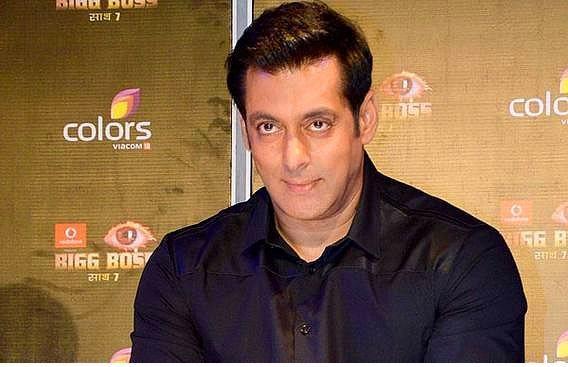 Salman Khan (Bollywood Act)  Kendisi şu sıralar 49 yaşına basmış ve serveti yaklaşık 200 Milyon $