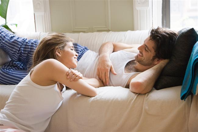 Normal zamanlarınızda cinsel hayatınızla ilgili konuşun, sevdiğiniz/sevmediğiniz şeyleri utanıp sıkılmadan birbirinize anlatın.