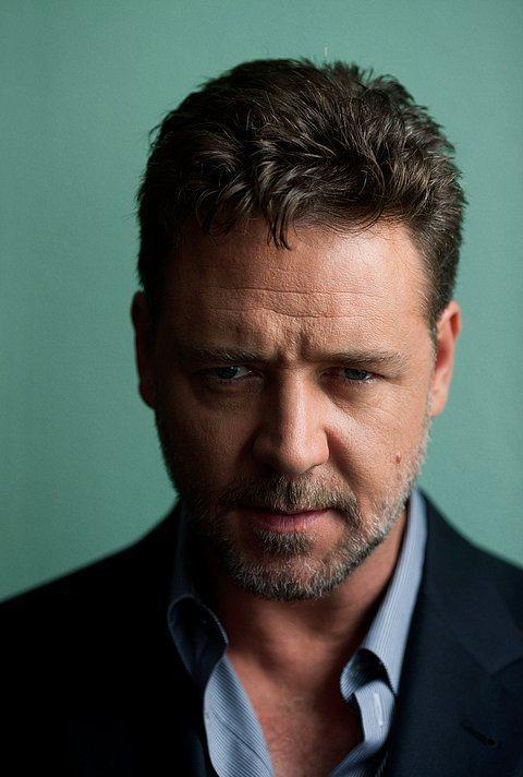 Russell Crowe (51 yaşında)