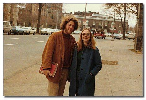 Zamanın önde gelen hipsterları: Bill ve Hillary Clinton.