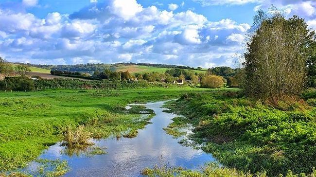 Alfriston, East Sussex, England  Huzur veren evleri, doğası ve insanlarıyla Alfriston Köyü, ruhunuzun sesini dinleyebileceğiniz nadir yerlerden. Yapıları ise 14.yüzyıldan kalma özelliklerini koruyor.