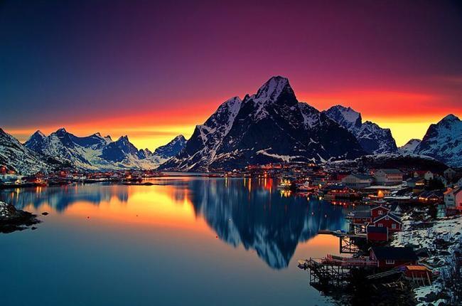 Gün batımının bir şiir kadar güzel olduğu bir yer düşünün...