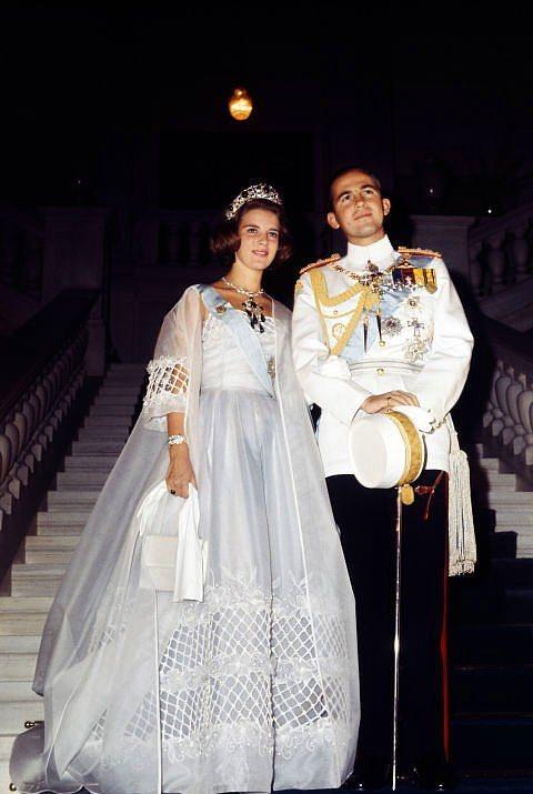 Danimarka Prensesi Anne Marie ve Yunan Kralı II.Constantine  Danimarka Prensesi Anne Marie ve Yunan Kralı II.Constantine 1994 yılında evlendiler.