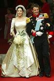 Gelmiş Geçmiş En Güzel Prenses Gelinlikleri - 15