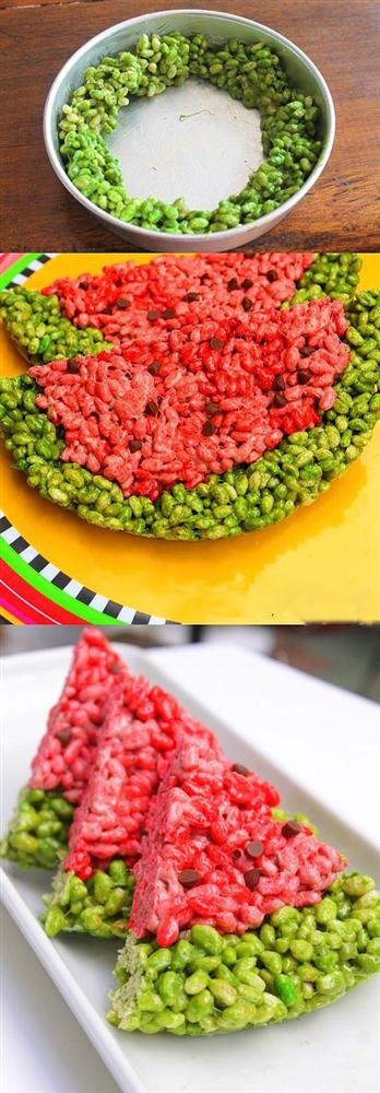 Rengarenk yaz atıştırmalıkları için tek gereken pirinç patlağı.  Biraz pirinç patlağı, biraz marshmallow ve gıda boyası işte partinize böyle eğlence katabilir.  9 S.B marshmallow 9 S.B pirinç patlağı 6 Y.K tereyağı Yeşil ve kırmızı gıda boyası  4 S.B marshmallow ve 3 Y.K tereyağını yaklaşık 30 sn mikrodalgaya atın iyice eriyen karışımın içerisine yeşil gıda boyası ve 4 S.B pirinç patlağını ekleyip karıştırın. Şekildeki gibi tepsinin kenarına koyun.  Kırmızı kısım için kalan malzemeleri aynı şekilde kullanın çekirdekler için damla çikolata ekleyip 1-2 saat dondurun.