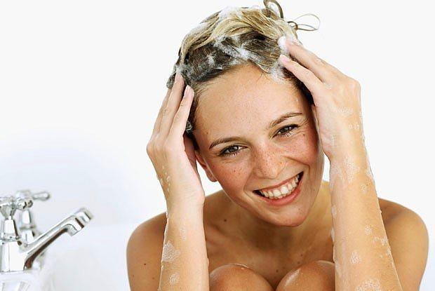 Uzmanlara göre haftada 1 veya 2 kez şampuanla yıkanmak en doğrusu.