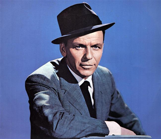 Meğer Frank Abimiz'in yolu evlendirme dairesinin yoluymuş; Frank Sinatra.  Frank Sinatra 4 kez evlendi.