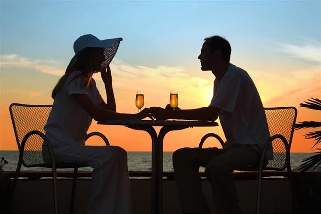T  Tam bir romantik. Aşka düşkünsünüz. Flört için ideal bir tipsiniz. Aşık olduğunuzda romantiksiniz ve bu yüzden de kırılgansınız. Ufak bir aksilik ayaklarınızın yere basmasını sağlar. Anında gerçekci olursunuz.