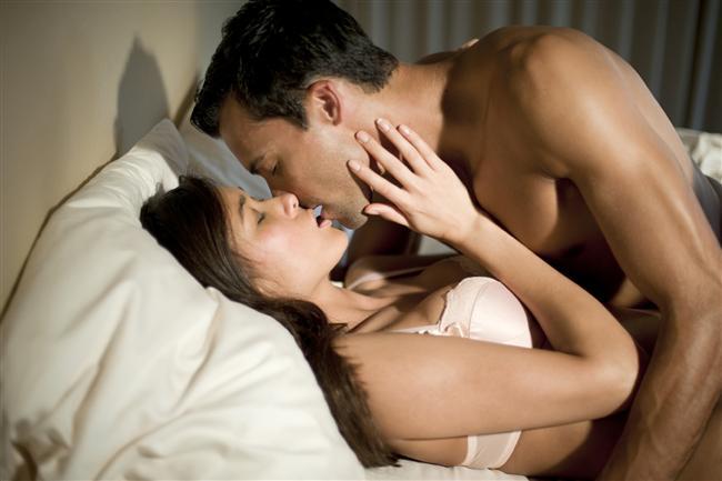 Sünnetsiz erkek sünnetli erkeğe oranla yüzde 25 daha fazla zevk alıyor.