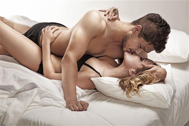 Erkekler için en ideal seks zamanı cumartesi gecesi. En az seks yaptıkları saat ise pazartesi öğle saatleri!