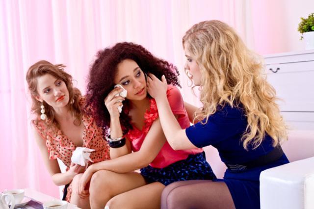 15. Dinlemesini iyi bilirler, kendinizi kötü hissettiğinizde kapısını ilk çaldığınız kadınlardır.