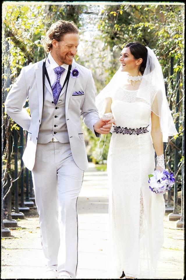 Bu Çift 38 Yerde Evlendi! - 1