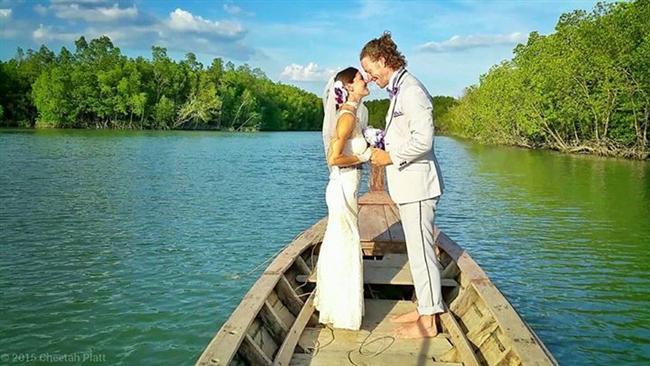 Bu Çift 38 Yerde Evlendi! - 28