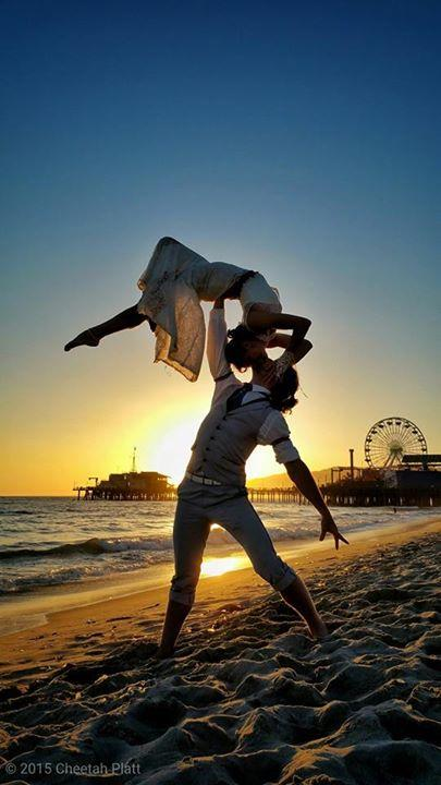 Bu Çift 38 Yerde Evlendi! - 29