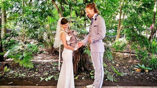 Bu Çift 38 Yerde Evlendi! - 14
