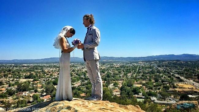Bu Çift 38 Yerde Evlendi! - 50