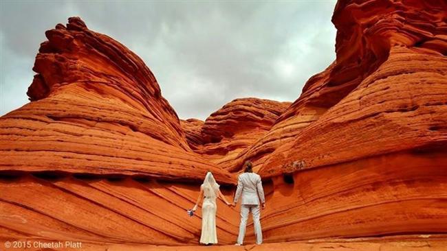 Bu Çift 38 Yerde Evlendi! - 3