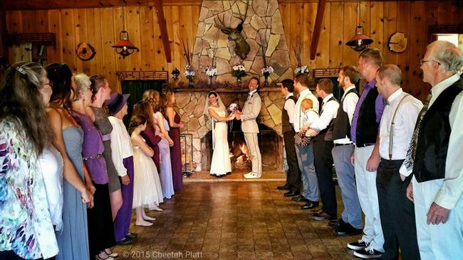 Bu Çift 38 Yerde Evlendi! - 60