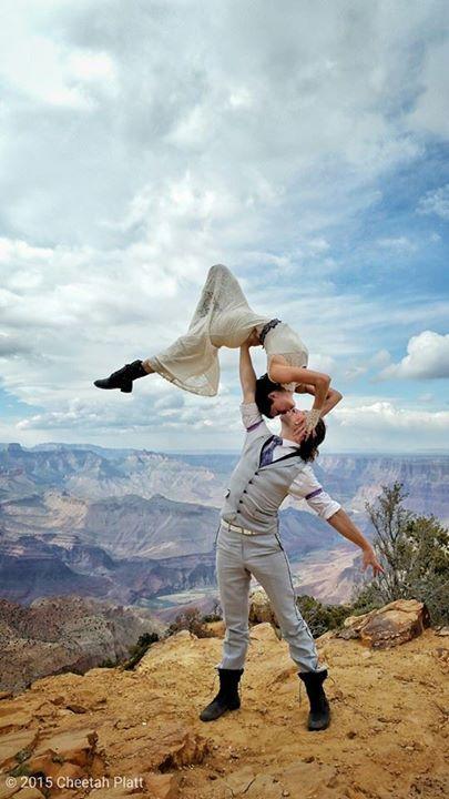 Bu Çift 38 Yerde Evlendi! - 62