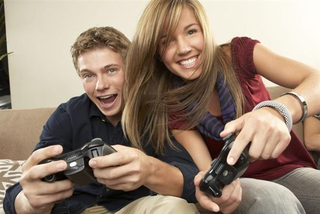 17. Tüm bu özellikleri kendilerinde topladıklarından dolayı bir erkek için en ideal sevgili oyun oynayan kadınlardır.