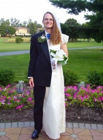 Kendisiyle evlenen face-off kadın (veya adam)