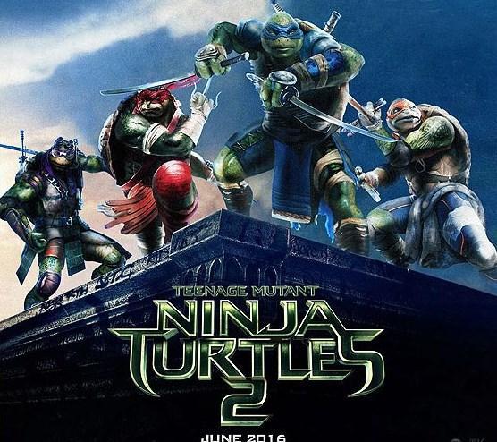 """Megan Fox """"Ninja Kaplumbağalar""""da   Yönetmenliğinin Dave Green'in yaptığı Ninja Kaplumbağalar'ın geçen yıl gösterime giren serinin ikincisi gelecek yıl haziranda vizyona girecek. """"Teenage Mutant Ninja Turtles 2: Half Shell"""" ismiyle izleyicilerin karşısına çıkacak filmin başrollerini Megan Fox, Stephen Amell ve Will Arnett paylaşıyor."""