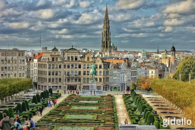 10- Paris – Amsterdam – Lüksemburg  Belçika, Hollanda, Lüksemburg ve Paris arasında geçen, unutulmaz bir tatil sizin kulağınıza da hoş geliyorsa bu 8 günlük öneriyi kaçırmamanızı tavsiye ederiz. 8 Gün - €599