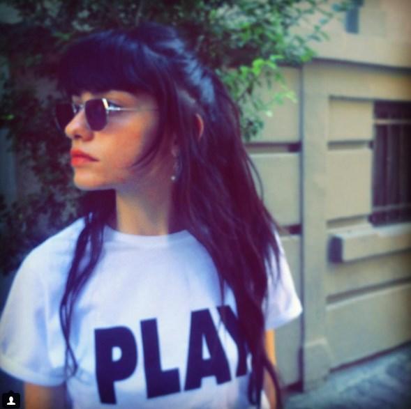Hazar Ergüçlü  T-shirt'üm 🌺 #mizu #mizucokmoda @mizu