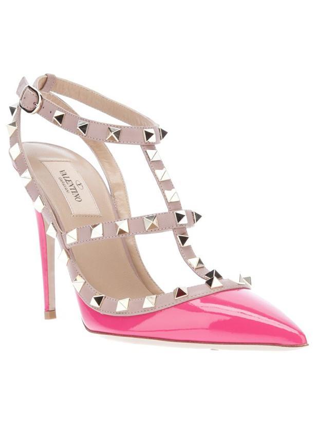 İkinci el Valentino marka ayakkabılar için tıklayın!    Stilleriyle ilham kaynağı olan dünyaca ünlü yıldızların tercih ettiği bu kaliteli markalara ikinci el seçenekler ile ulaşılabilme mutluluğunu siz de yaşayın.