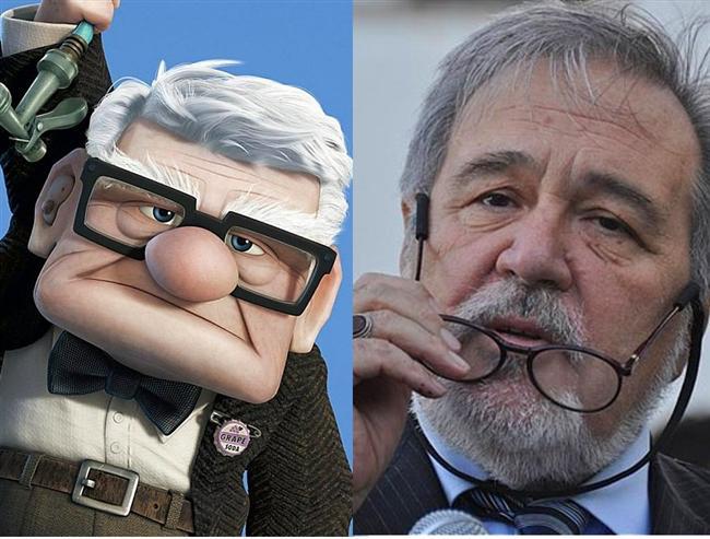 Yukarı Bak filmindeki yaşlı adam / İlber Ortaylı