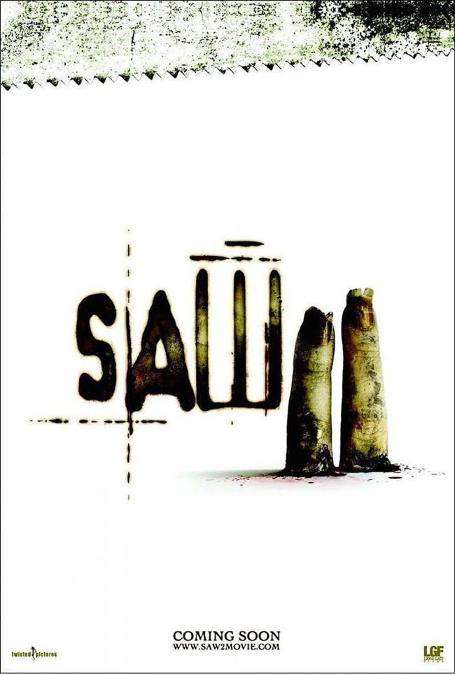 Saw II    En az ilki kadar etkili Testere'nin ikinci filmi, bu afişi ile uyandırdığı rahatsızlıktan ötürü çok ağır eleştiriler almıştı. Ancak gişede kırdığı rekorlar, rahatsızlığa rağmen izleyicinin ilgisini çektiğini ispatlamıştı.