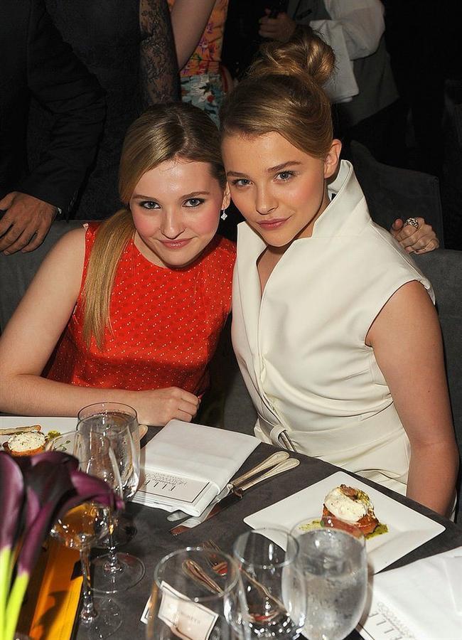 Abigail Breslin ve Chloë Moretz