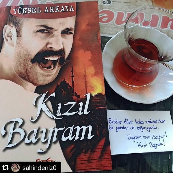 Sarp Akkaya  Büyük bir heyecanla aldım, zevkle okuyorum 😎 #sarpakkaya @sarpakkaya #yucelakkya kaleminize sağlık .
